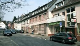 Die Bauruine des ehemaligen Möbelhaus vom Stein (2010)