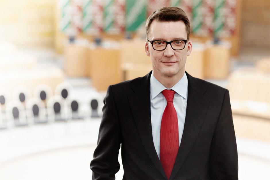 Sven Wolf im Landtag von Nordrhein-Westfalen, nach der Landtagswahl 2012