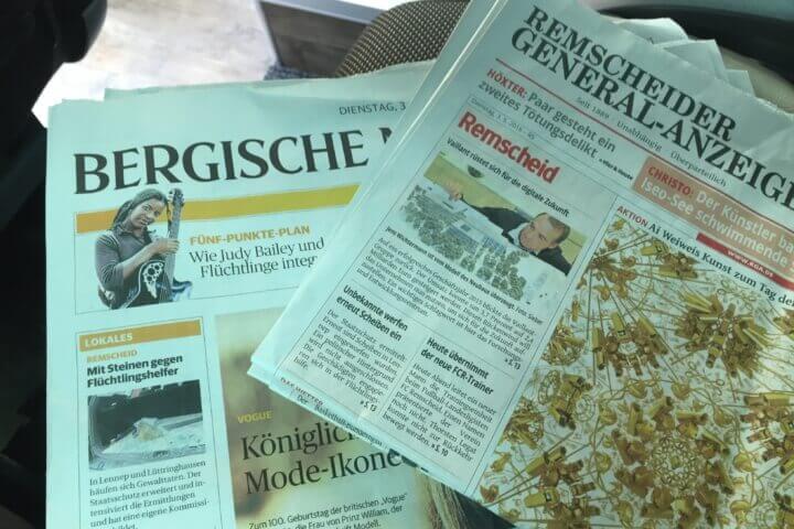 Unverzichtbar für mich. Morgens erstmal in die Zeitungen schauen, das darf auch auf der Fahrt des Rechtsausschusses nach Luxemburg nicht fehlen.