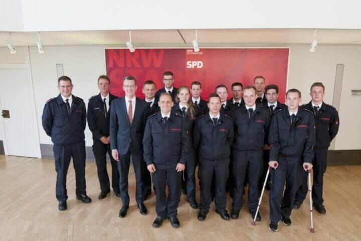 Brandmeisteranwärter im Landtag NRW